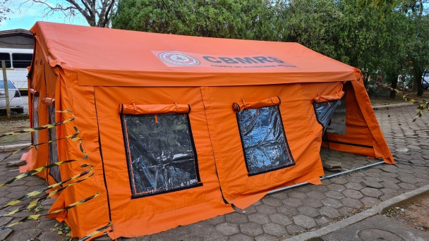 barraca laranja do CBMRS.